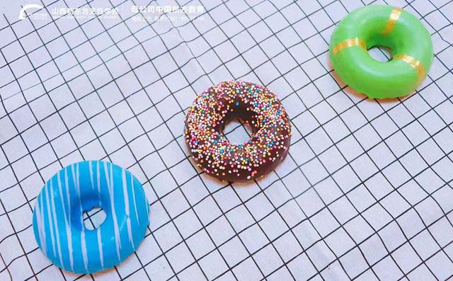 制作甜甜圈