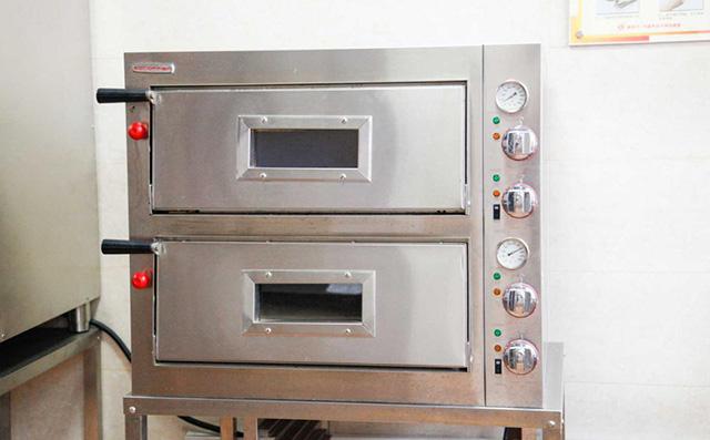 西点西餐学院烘焙机