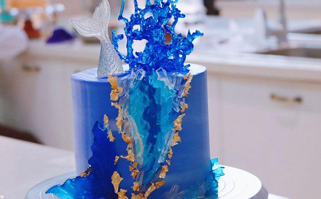 水晶洞蛋糕